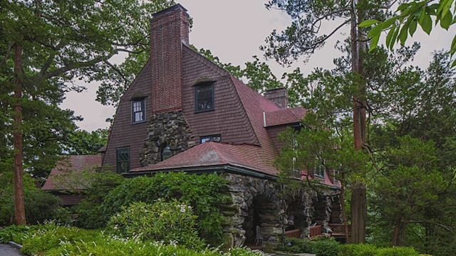 10. Haunted Houses and Clashing Spouses