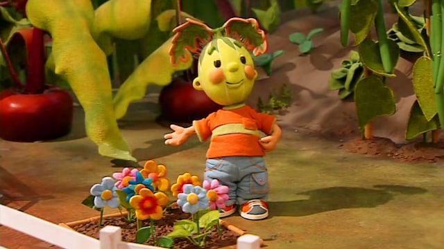 45. Naatti puutarhurina