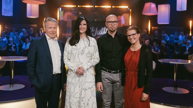 4. Elina ja Ilkka Kanerva sekä Saara ja Vesa Ylisaari