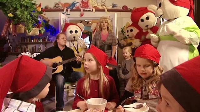 1. Ti-Ti Nalle: Joulun taikaa - 1