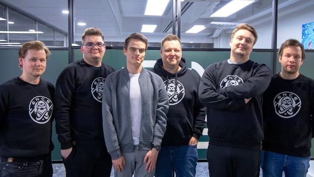 Leppänen & Leppänen Show - Jakso 8 - Special Episode in English with ENCE's CS:GO team