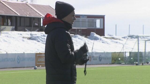 """Jalkapallo: Veikkausliiga, Suomeen palannut Simo Valakari innoissaan alkavasta liigakaudesta – """"Voittaminen tuo mielenrauhaa"""""""