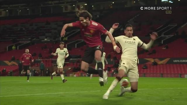 """Eurooppa-liiga, Manchester United sai kyseenalaisen rangaistuspotkun: """"En käsitä miten tästä voi tulla rankkari!"""""""