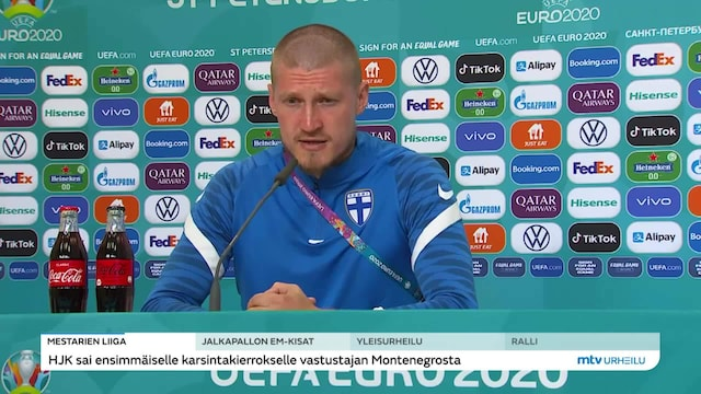 """Jalkapallon EM-kisat, Huuhkajat kohtaa keskiviikkona Venäjän – """"Ei lähdetä tasureita hakemaan"""""""