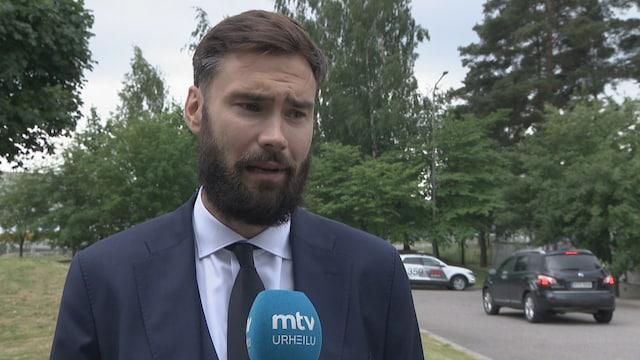 Jalkapallon EM-kisat, Tim Sparv: Henkilökohtaisesti viimeiset kuukaudet ovat olleet tosi hankalia