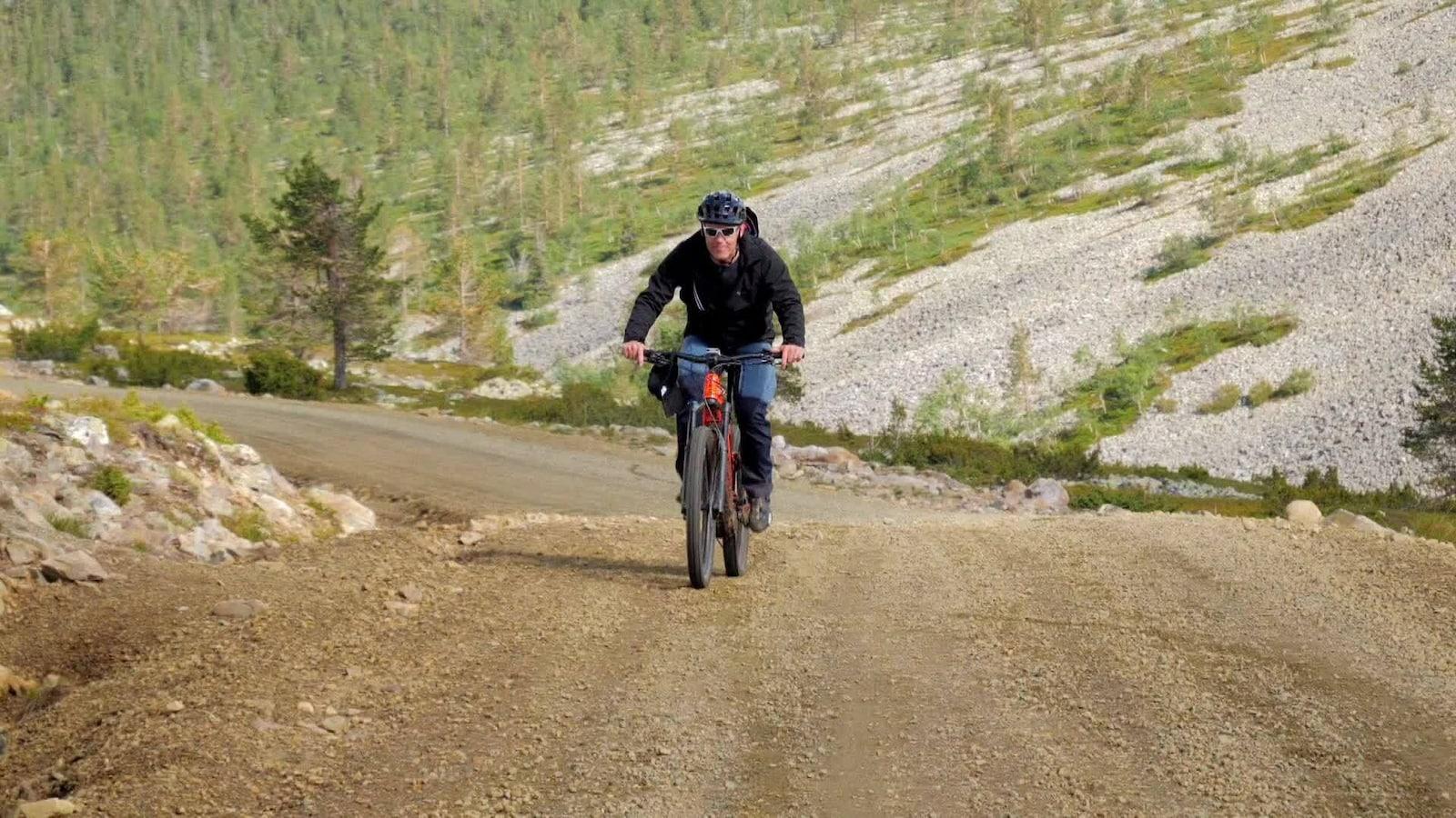 Alpeilla: Biking and hiking