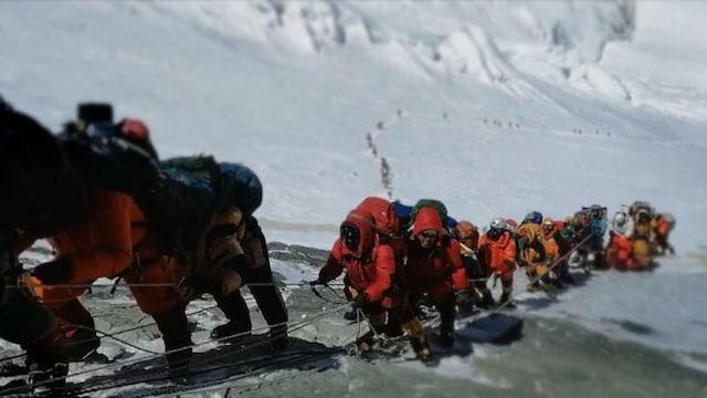 Everest: Tappava nousu, Jakso 1: Huippukuume