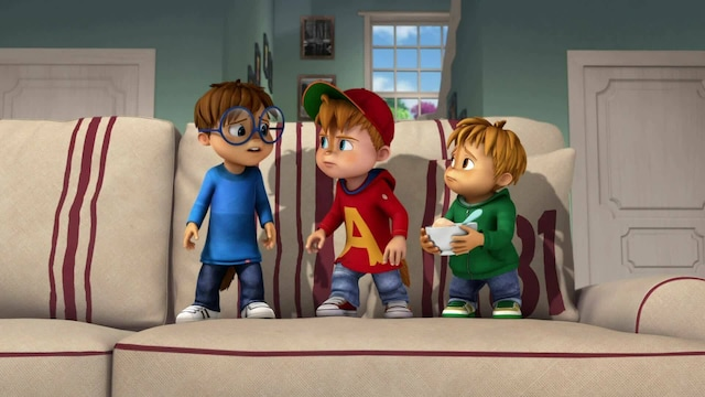 Alvin ja pikkuoravat, Jakso 33: Yksin kotona