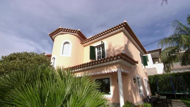 Unelma-asunto auringon alta, Jakso 45: Koti Madeiralta