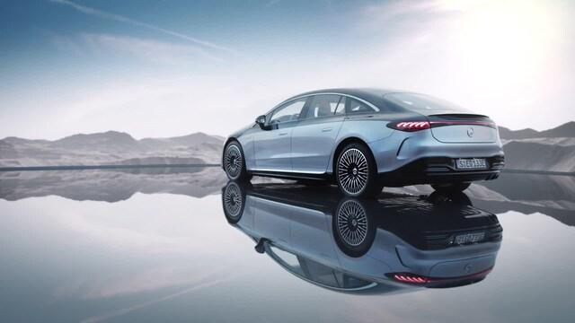 Autot, Ylellinen Mercedes-Benz EQS on kuin täyssähköinen S-sarjalainen