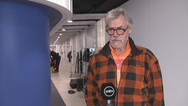 Viihdeuutiset, Näyttelijä Aake Kalliala kertoo rankoista koronaoireistaan
