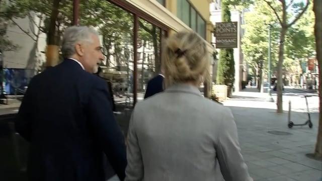CNN, Multimiljardööri Elizabeth Holmesin petosoikeudenkäynti alkaa – tältä yrittäjä näyttää!