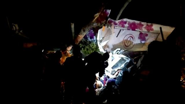 Reuters, Video paljastaa valtavat tuhot: Matkustajakone teki hätälaskun Siperiassa – neljä kuoli