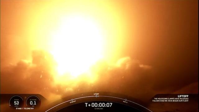 CNN, Jo 10. avaruuslento! SpaceX laukaisi onnistuneesti Falcon 9 -raketin kohti äärettömyyttä – tältä lähtö näytti