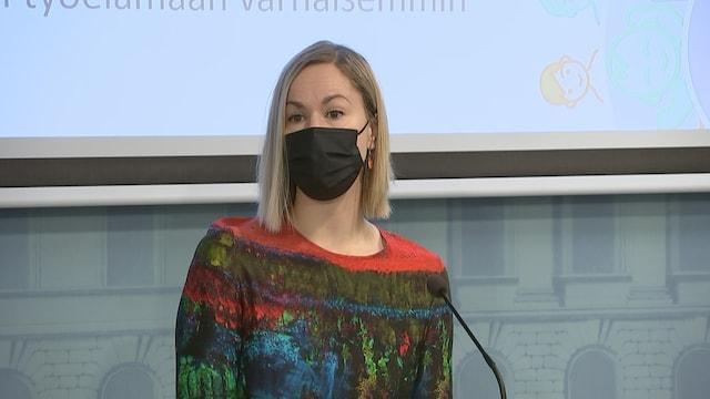 MTV Uutiset Live, Hallitus esittelee perhevapaauudistuksen – ministeri Hanna Sarkkinen kertoo uudistuksen keskeisimmät kohdat