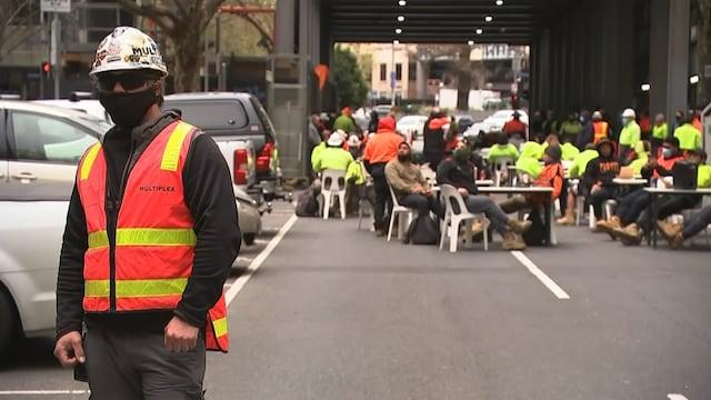 MTV Uutiset Live, Rakennustyöläiset pysäyttivät liikenteen Melbournessa – tältä näyttää kaupungin kaduilla