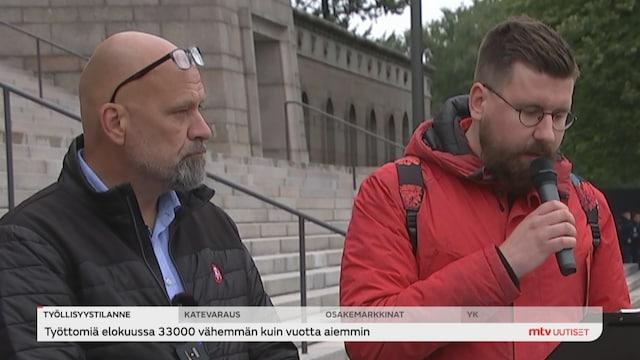 Uutisjutut: Kotimaa, Kansanedustaja Tynkkynen jälleen oikeudessa kiihottamisesta kansanryhmää vastaan