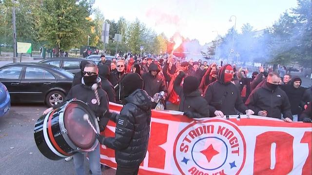 MTV Uutiset Live, HIFK:n kannattajat marssivat kohti Bolt-areenaa