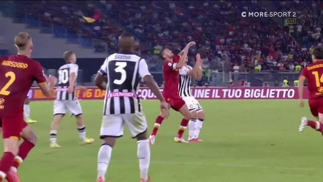 Serie A, AS Roman Lorenzo Pellegrinin kyynärpää korkealla: tuomari kaivaa taskustaan punaisen kortin