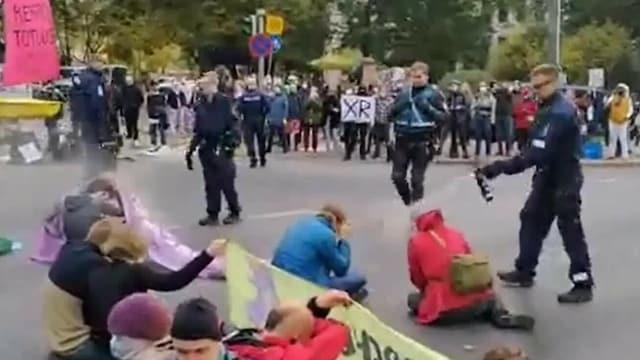 MTV Uutiset Live, Elokapinan mielenosoitus tukkii Mannerheimintien – näin se työllistää poliisia