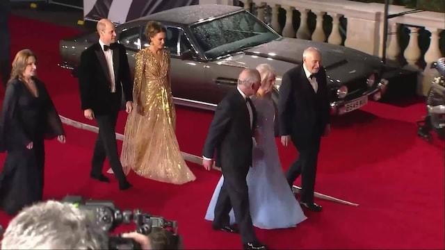 Viihde, Kuninkaalliset sädehtivät No Time to Die -elokuvan ensi-illan punaisella matolla