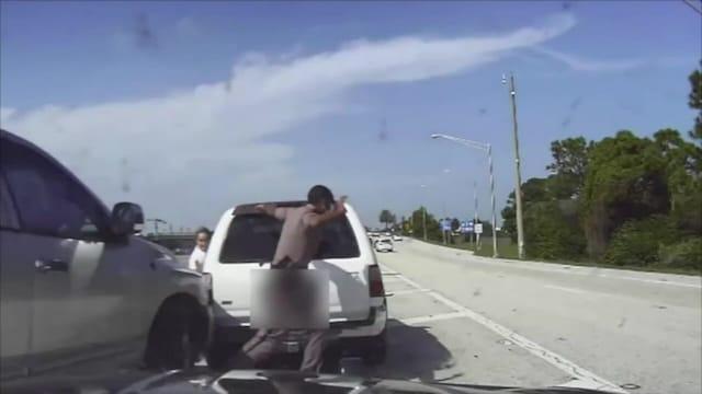 Uutisklipit, Hurja törmäys moottoritiellä Floridassa jätti poliisin hengen hiuskarvan varaan – katso miten nopea väistöliike pelasti tilanteen