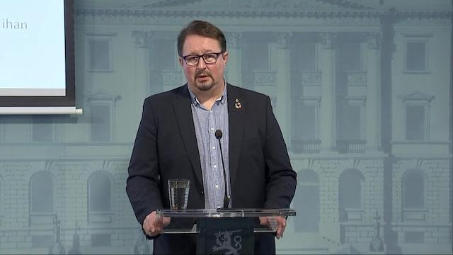 """Uutisklipit, THL:n Mika Salminen: """"Jos et ole rokotettu, tulet sairastumaan tähän tautiin – ihan varmasti"""""""