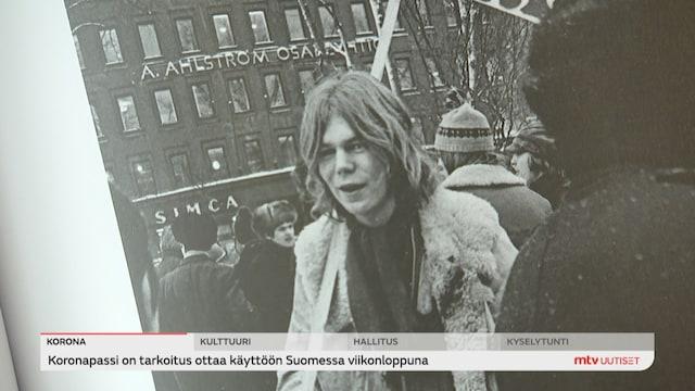 Uutisjutut: Kotimaa, Björn Wahlroos muistelee nuoruuttaan kommunistina
