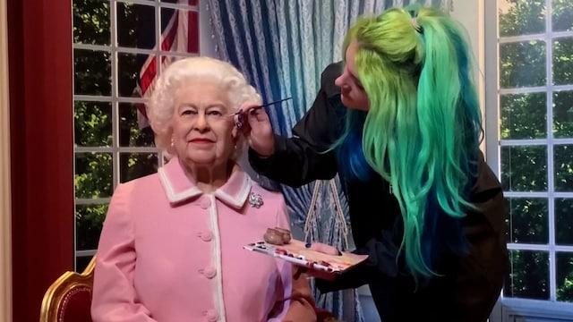 MTV Uutiset Live, Vau, mikä yhdennäköisyys! Kuningatar Elisabetin vahanukke esiteltiin kuninkaallisin menoin – tältä se näyttää!