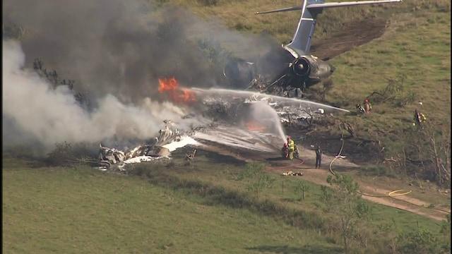Uutisklipit, Kone syöksyi maahan Texasissa – kaikki mukana olleet 21 ihmistä jäivät henkiin