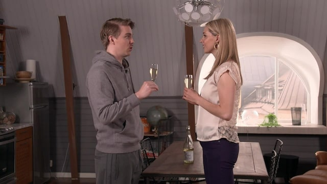 Salatut elämä, Jere ja Cindy juhlistavat Jeren avioliiton pilaamista