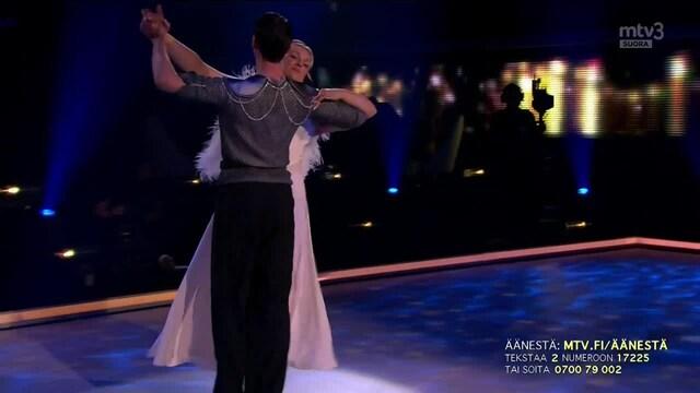 Tanssii Tähtien Kanssa, Jenni & Sami – I'm Kissing You