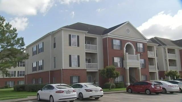 Uutisklipit, Poliisi teki karmivan löydön YhdysvaltainHoustonissa – asunnosta löytyi kolme lasta sekä luuranko