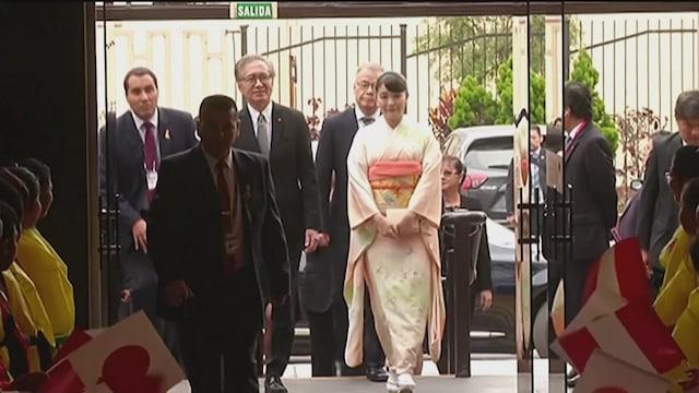 Uutisjutut: Ulkomaat, Japanin prinsessa meni naimisiin